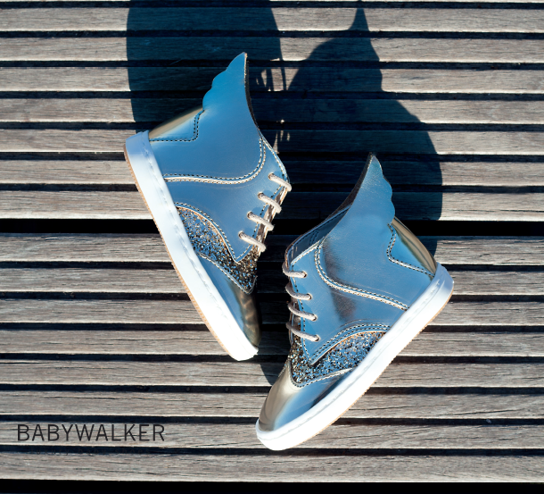 Handmade golden leather/gliiter της συλλογής ΑΚ2016 by BABYWALKER